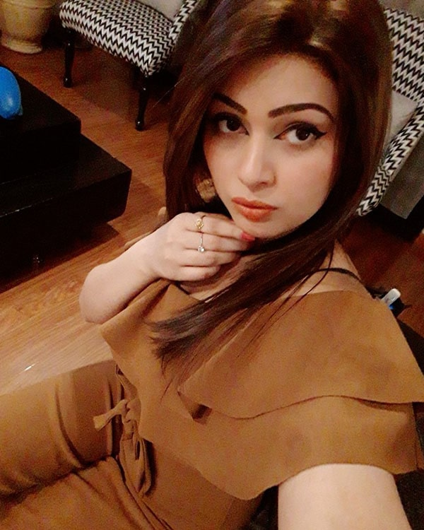 Pooja Gurgaon escorts call girl